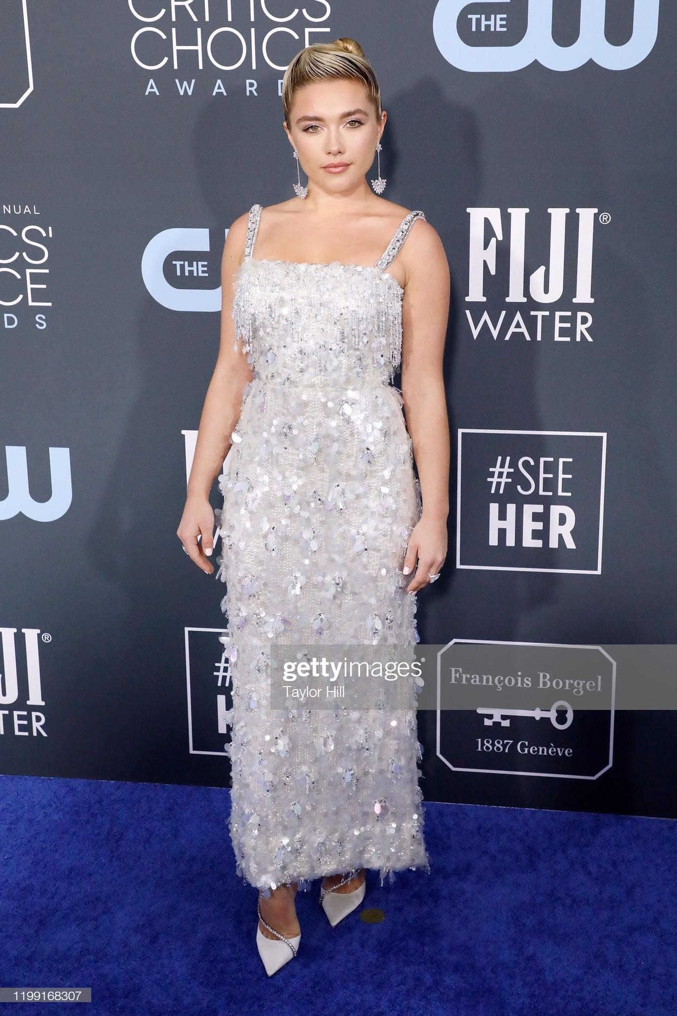 e7606559 a586 459a 9920 197490386518 - Jennifer Lopez y Emily,entre las celebrities que apostaron por Jimmy Choo en los Critics' Choice Awards