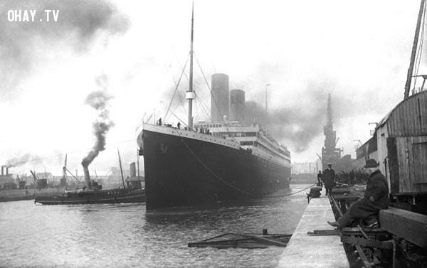 Tàu Titanic rời cảng năm 1912.,bức ảnh lịch sử,khoảnh khắc lịch sử