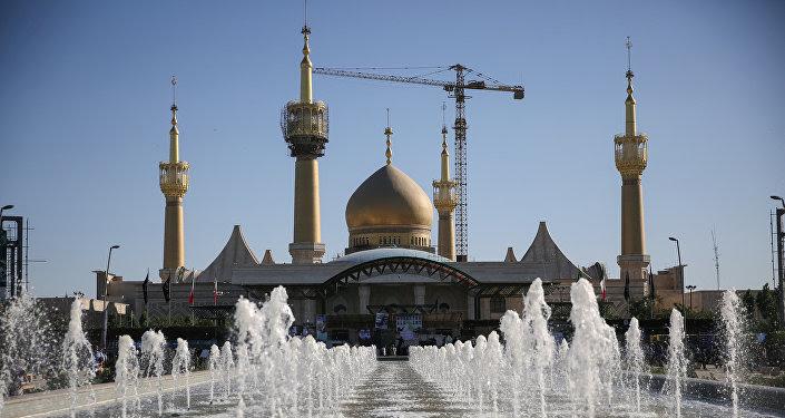 Mausoleo del imán Ruholá Jomeiní en Teherán, Irán