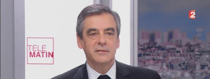 """Fillon ne veut pas être votre """"pote"""", Mélenchon est prêt """"à gouverner"""", Hamon et Macron entrent dans le dico..."""