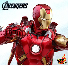 THE AVENGERS & AVENGERS: INFINITY WAR IRON MAN FIGURE & ACCESSORY SET