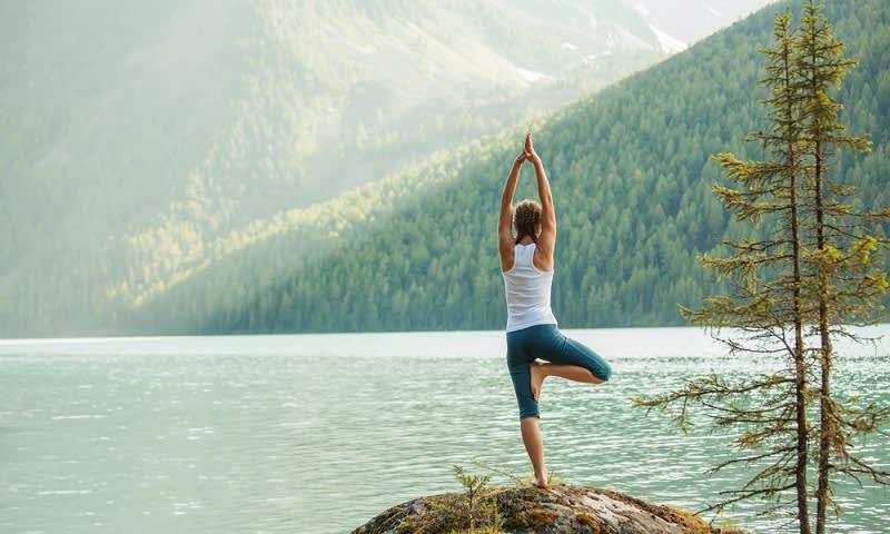 Yoga adalah Salah Satu Olahraga yang Cocok Untuk Mengurangi Stres