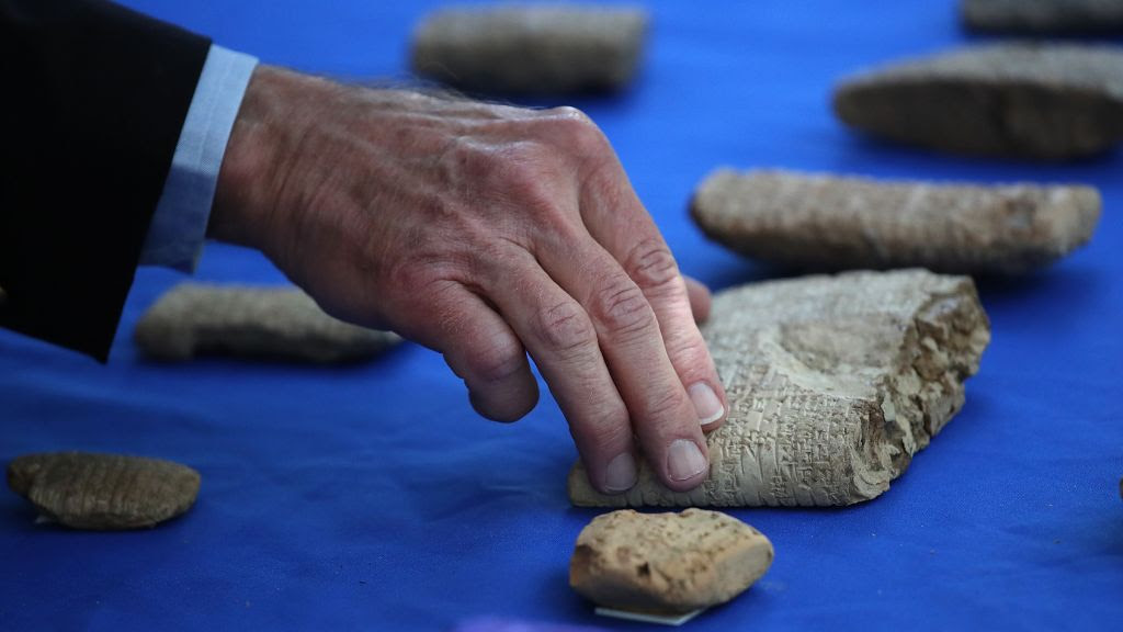 1,400 Ancient Cuneiform Tablets Identified from Lost City of Irisagrig in Iraq. Were They Stolen?