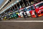 Carros da Sprint Race nos boxes em Cascavel na etapa de 2016 (Foto: Rodrigo Guimarães)
