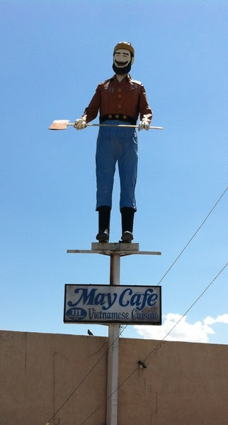 File:Muffler man in Albuquerque, New Mexico 001.tif