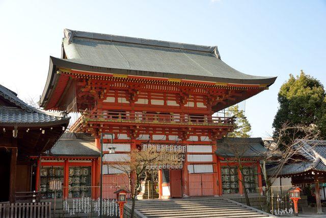 祇園八坂店は、 京都観光の主要スポット「八坂神社」より徒歩すぐ。