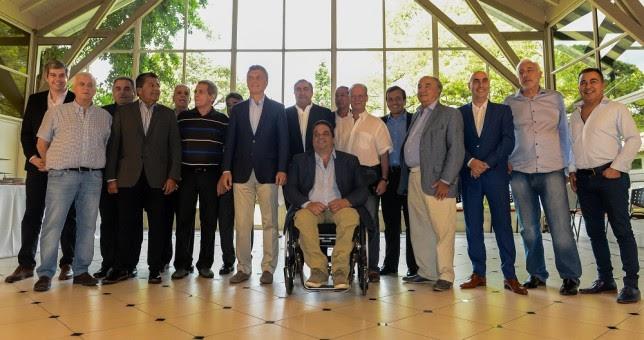 Felices fiestas: la CGT cerró el año brindando en Olivos