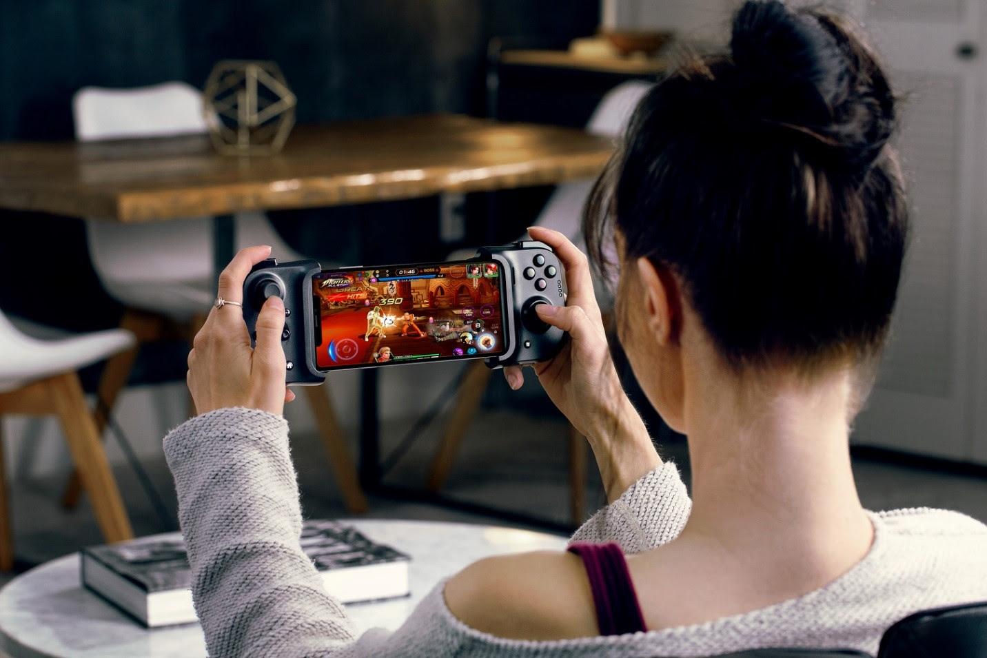 Comando gaming universal Razer Kishi para iPhone traz experiência de consola | CA Notícias