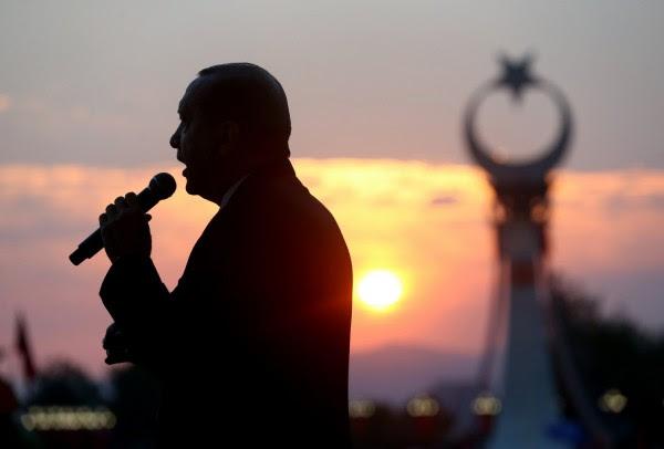Η Ολλανδία αναγνώρισε την γενοκτονία των Αρμενίων - Έξω φρενών οι Τούρκοι