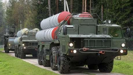 Sistemas S-400 durante ejercicios en la región de Moscú.
