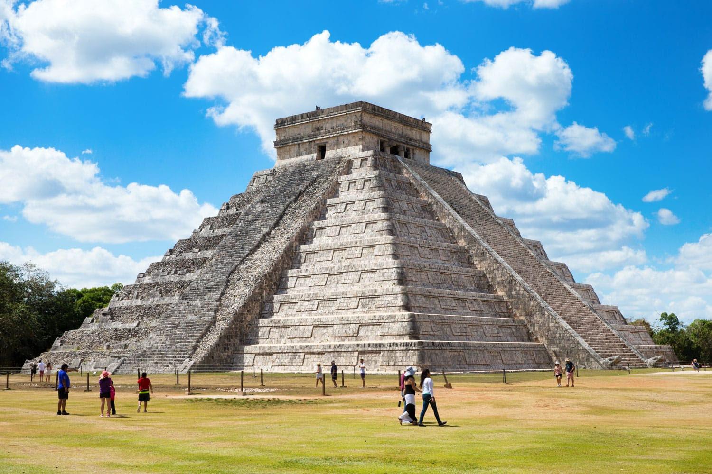 Chichen Itza Site, Meksika Kukulkan Piramidi