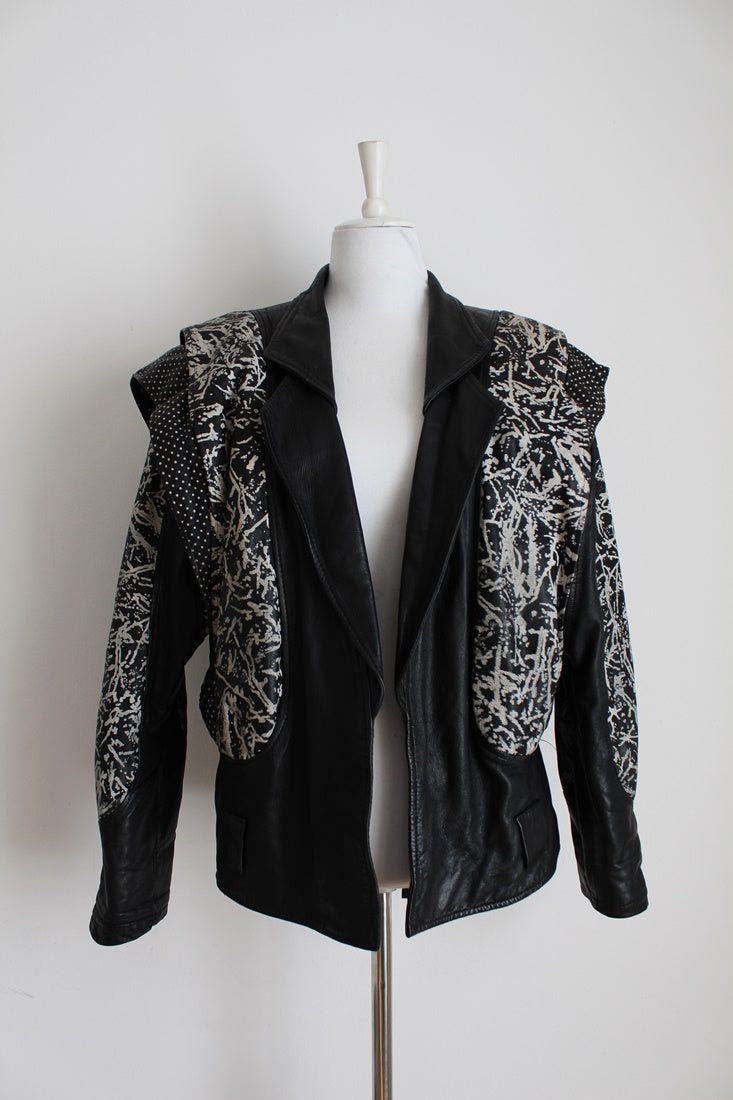 VINTAGE GENUINE LEATHER BLACK WHITE JACKET - SIZE 14
