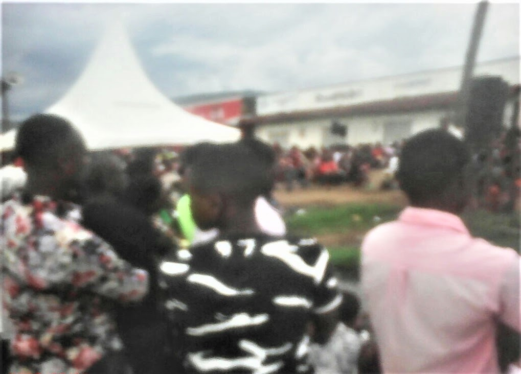 Open-air evangelistic event in Bwera, Uganda. (Morning Star News)