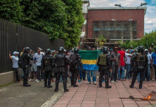 Los enfrentamientos con el ESMAD no frenan las marchas en Quibdó