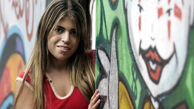 Bruna Surfistinha questiona Bolsonaro sobre verba para primeira-dama