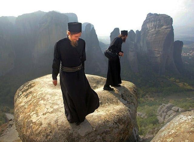 Αποτέλεσμα εικόνας για doi frati calugari