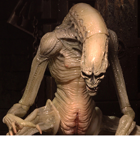 ALIEN: RESSURECTION NEWBORN DELUXE ACTION FIGURE