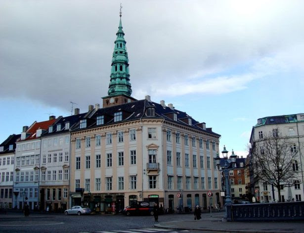 Historical Records 1801 Denmark Census Record: Apartment building designed by Andreas Hallander designed post