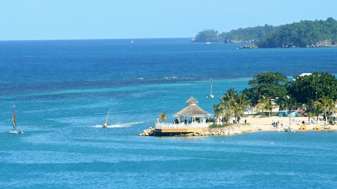 Los estadounidenses se trasladan en masa al Caribe e incluso renuncian a su ciudadanía: ¿cuáles son los motivos?