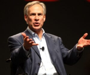 Gov. Abbott Issues EO Banning Vaccine Mandates By Any 'Entity In Texas' 2021.10.12-12.55-thepoliticalinsider-6164dd176d708-300x250