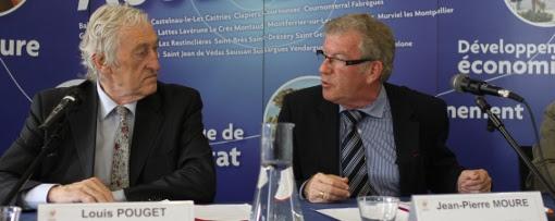 Louis Pouget et Jean-Pierre Moure le 3 juillet 2013 lors de l'annonce de la reconduction d'une DSP eau pour 7 ans (photo : J.-O. T.)