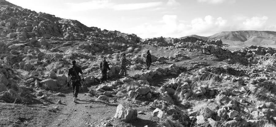 Kurdistan iraqui Shengel combatientes YBS la-tinta