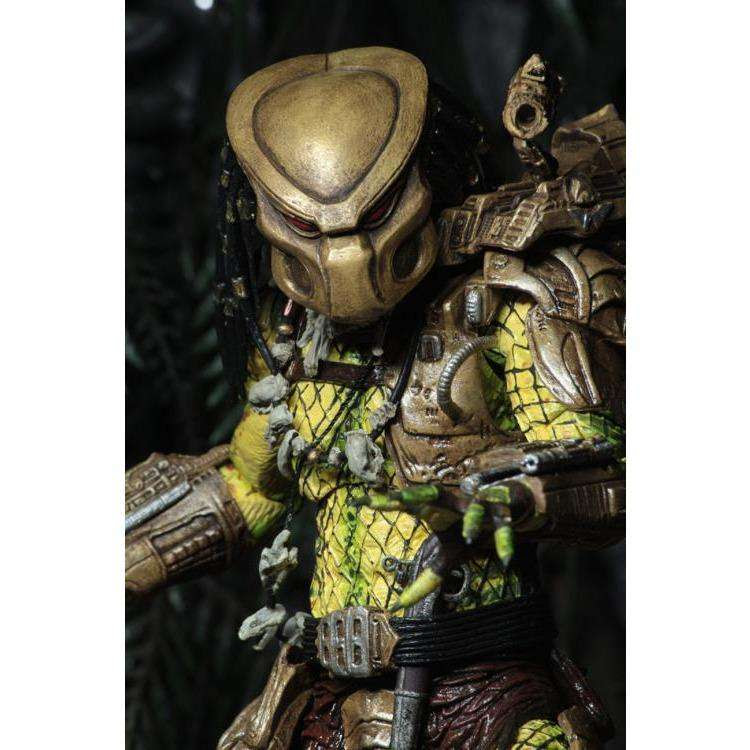 Image of Predator Ultimate Elder (The Golden Angel) Figure - FEBRUARY 2019