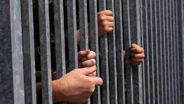 Justiça determina que Governo de SP vacine em 15 dias todas as pessoas presas