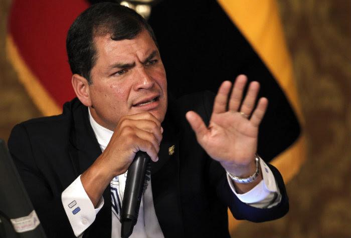 """Rafael Correa: """"Esto es una vergüenza. Por eso soy antiimperialista, contra la falta de ética. ¿Cómo no rechazar indignado estas barbaridades peor en el siglo XXI?"""""""