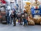 Стекольщики Австралии бастуют, требуя справедливого соглашения