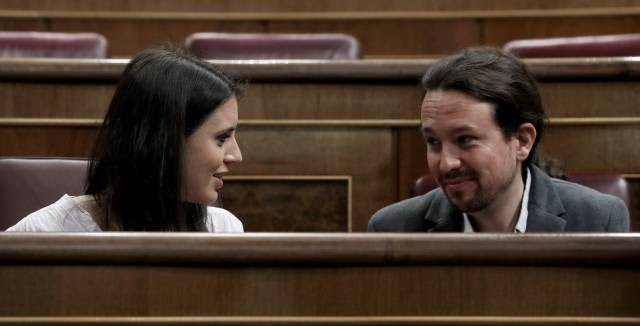 Podemos' Pablo Iglesias calls leadership vote in response to country house scandal