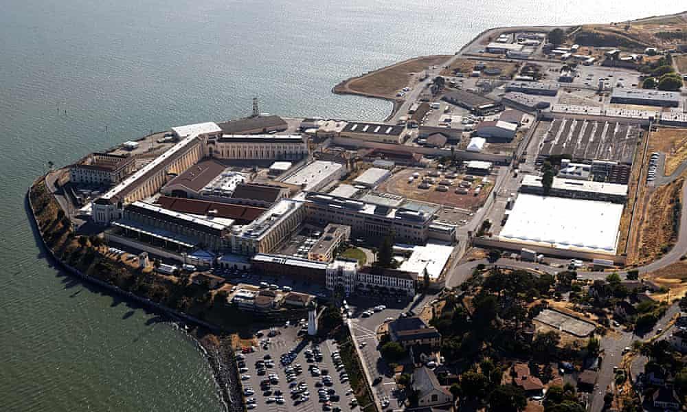 A coronavirus surge across California's prisons renews calls for releases