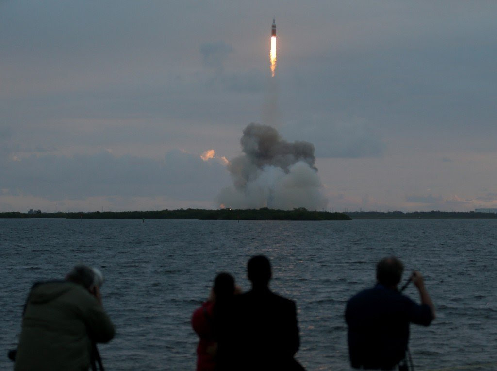 NASA's Orion Spacecraft Launches Unmanned Test Flight