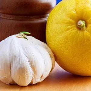 Slow Cooker Lemon-Garlic Chicken