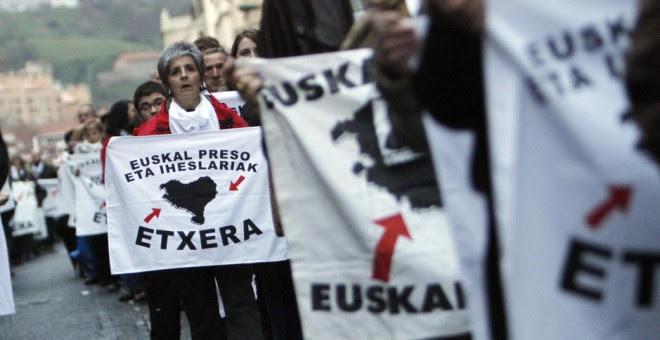 Manifestación de simpatizantes con los presos de ETA./ EFE