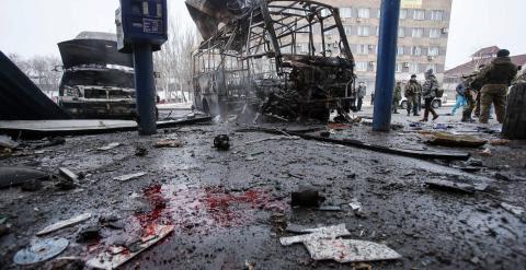 Resultado de un bombardeo en Donetsk de esta semana. - REUTERS