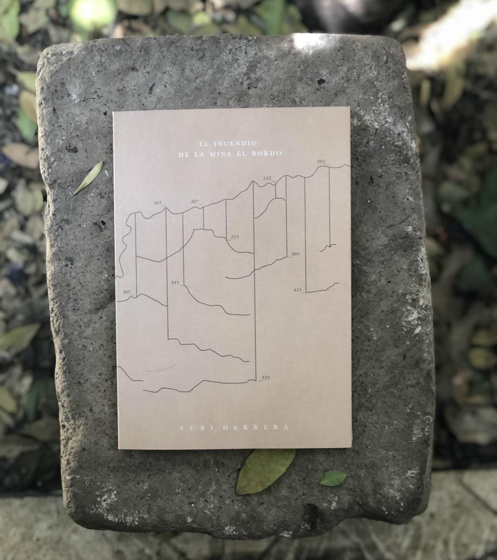"""Libro """"El incendio de la mina El Bordo"""", de El Quinqué Cooperativa Editorial."""
