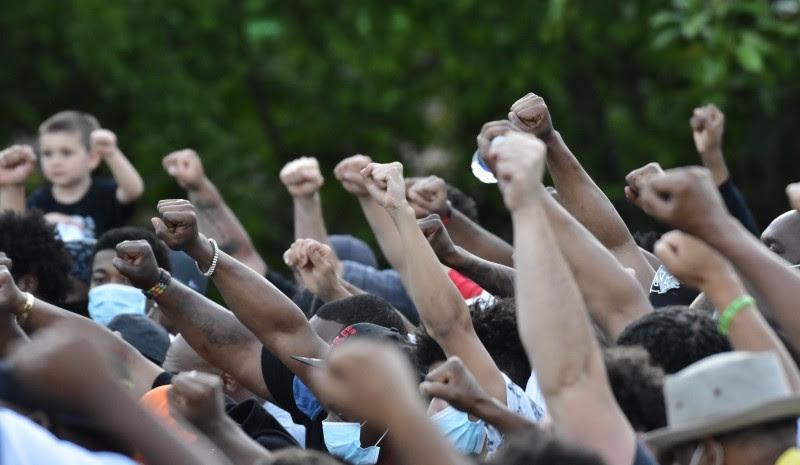 <p>Concentración tras la muerte de Floyd enNorth Park, San Diego, el 31 de mayo.</p>
