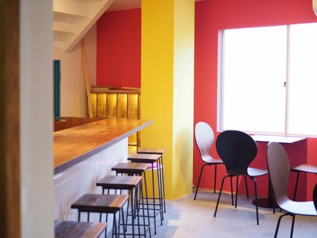 内装はメキシコの建築を意識し、<br /><br /><br /><br /><br /><br /> 株式会社グランドロイヤルグリーン井上隆太郎が手がけた。<br /><br /><br /><br /><br /><br />