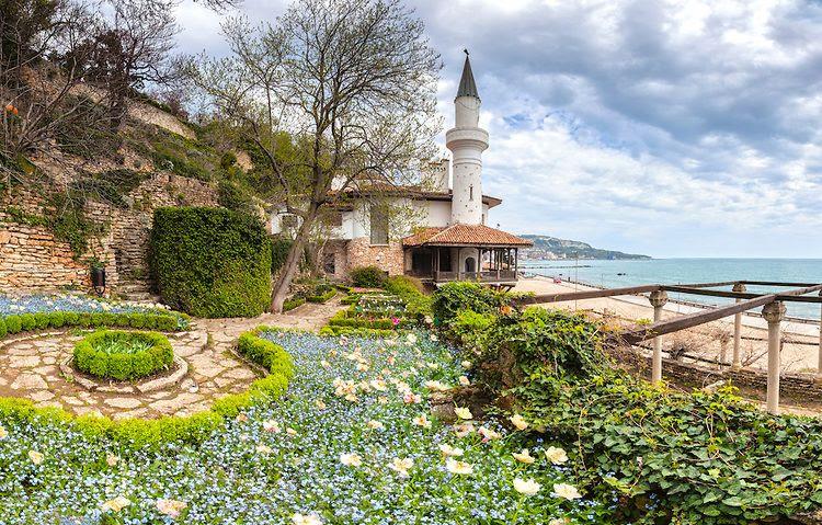 Дворец на румънската принцеса в Балчик | Bulgaria travel, Balchik, Bulgaria