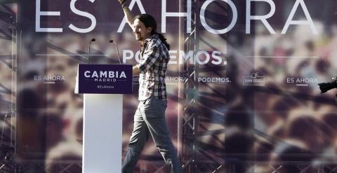 ¡El secretario general de Podemos, Pablo Iglesias, durante el mitin ofrecido el 8 de mayo en Alcalá de Henares. EFE/Kiko Huesca