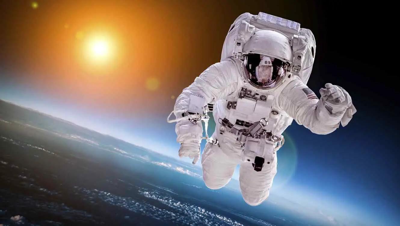 Resultat d'imatges de astronauta
