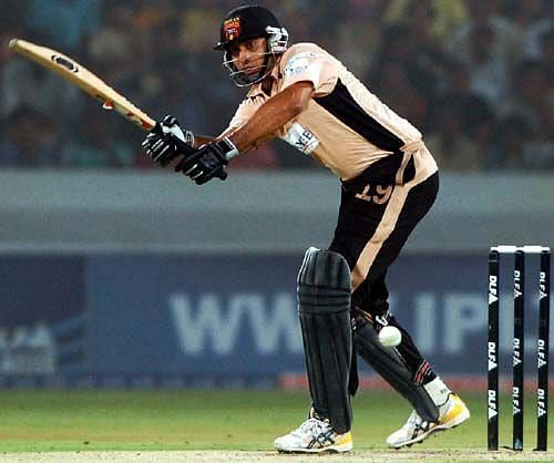 VVS Laxman moved from Deccan Chargers to Kochi Tuskers Kerala in IPL 2011.