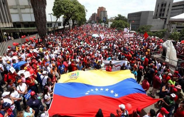 10 millones de firmas se recogerán para solicitar derogar decreto imperialista