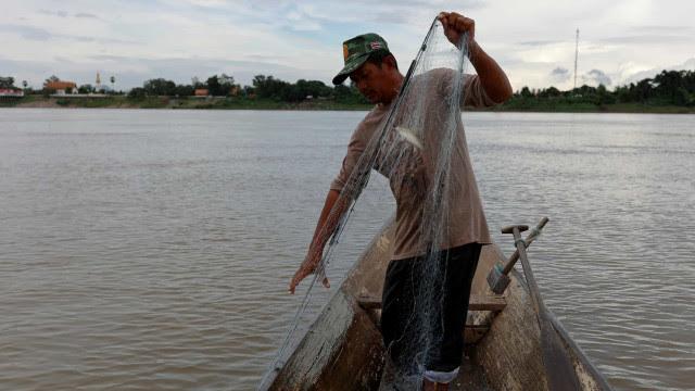 Além do seguro-desemprego, programa taxa benefício a pescador