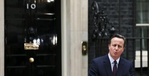 Cameron, en su declaración, a las puertas de Downing Street 10. /REUTERS