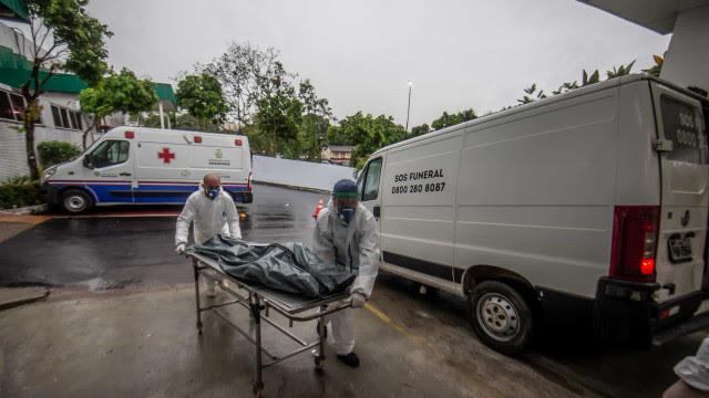 Brasil tem quarto dia seguido de média de mortes por covid-19 acima de 3 mil