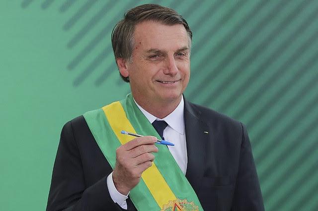 El mandatario ultraderechista de Brasil, Jair Bolsonaro,  había prometido un gobierno con 15 ministros, pero serán 22 - Créditos: Sergio Lima / AFP