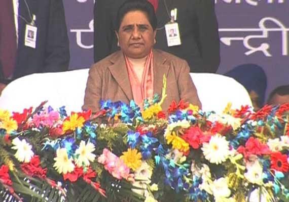 In pics: Mayawati's 'Savdhan Vishal Maha Rally' in Lucknow