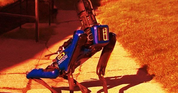 Outcry as Video Shows Robodog Patrolling With NYPD Outcry-as-video-shows-robodog-patrolling-with-nypd-600x315